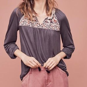 Anthropologie embroidered peasant top gray small